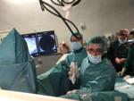 Ione Linazasoro con el Dr. Cansino, urólogo del Hospital La Paz de Madrid.1