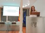 La Dra. Laura Busto presentando su trabajo sobre Neurmodulación Sacra