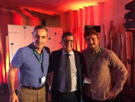 Los Drs. G Garmendia y G Morales con el Dr. Q Sarquella